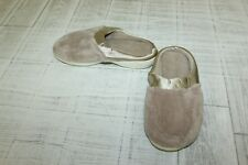 **Isotoner 90745 Slippers - Women's Size 7.5/8, Tan