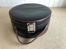 Round Vintage Leather Jewelry Box