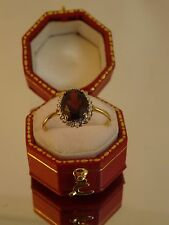 Lovely 9ct Yellow Gold GARNET & DIAMOND Cluster Ring Size P Hm BR28