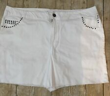 New Lane Bryant White Shorts Studded Pocket Detail Frayed Hem Zip Fly Sz 26