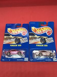 1991 Hot Wheels Gleam Team Pink & Silver Porsche 959 Collector #193 2 Car Lot