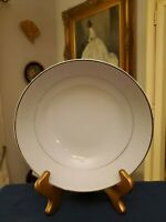Crown Victoria Fine China LOVELACE 9 inch Round Vegetable Serving Bowl EXCELLENT