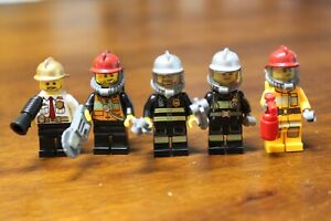 1x  LEGO Minifig Fireman Fire with accessories