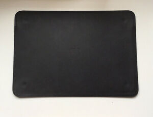 "Genuine Apple MacBook 12"" Leather Sleeve Black"