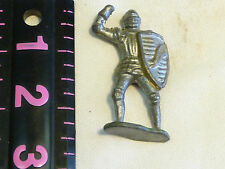 METAL MEDIEVAL KNIGHT OR CRUSADER FIGURINE WITH SHIELD