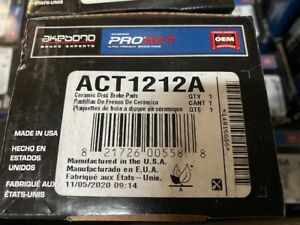Akebono ACT1212A Rear Ceramic Pads (NEW)