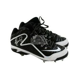 Ken Griffey Jr Autographed Nike Baseball Cleats - Tristar