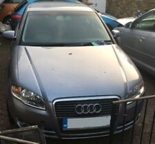 AUDI A4 B7 1.9TDI BKE SALOON 5 SPEED MANUAL SILVER LY7H BREAKING FOR SPARE LIGHT