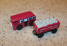 Thomas Wooden Train Car Set, Wood, Bertie Bus With Passengers, Red China Clay