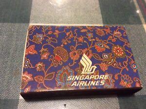 VINTAGE SINGAPORE AIRLINES MATCH BOX