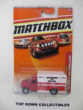 Matchbox City  Emergency Response '08 Ford E-350 Ambulance  54 of 100  NIB