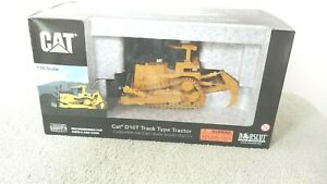 Caterpillar D10T Track-Type Tractor with ripper