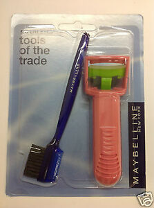 Maybelline Plastic Eyelash Curler Pink WITH Brush 'n Combo New and Sealed.