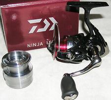 Daiwa Ninja 1003A - mit Aluminium-E-Spule - Brandneu und ungefischt