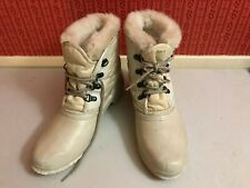 Sorel Womens White Leather/Rubber Insulated Lined Snow Boots Pre-Owned