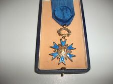 medaille militaire ordre national du merite en boite