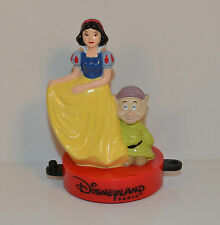 "RARE FOREIGN 1999 Snow White & Dopey 3.25"" McDonald's PVC Action Figure"