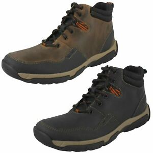 Mens Clarks Casual Boots - Walbeck Top II