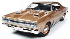 1969 DODGE CORONET R/T HEMI 426 1/18 GOLD 50th BY AUTOWORLD AMM1024
