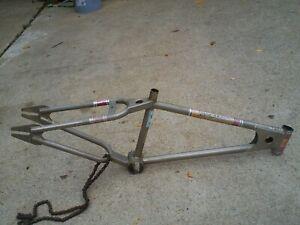 OLD SCHOOL BMX BIKE MONGOOSE FRAME 80s MOTOMAG SUPERGOOSE M1 JAGUAR HUTCH GT JMC