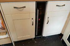 cream shaker kitchen units