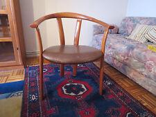 3 Stühle aus Massivholz mit Armlehne in skandinavischem Design