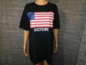 Betsy Ross Flag Inspired Short Sleeve T-Shirt Large Black Unisex