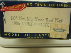 HO Roundhouse, #1986, 50' Double Door Box Car, Southern Pacific