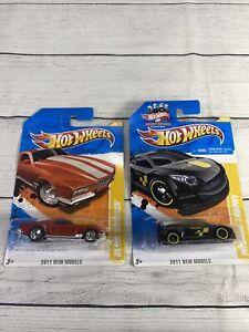 Lot Of 2 Hot Wheels 2011 New Models Blvd. Bruiser 34/50 Megane Trophy 16/50