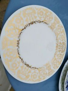"""Beautiful Gold Wedgwood 10"""" dinner cabinet plate mint condition"""