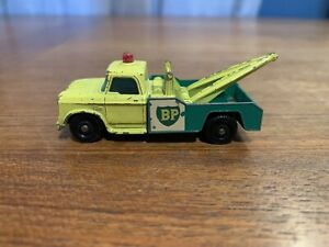 Vintage Matchbox Lesney #13 Dodge Wreck Truck BP Die Cast Green Yellow
