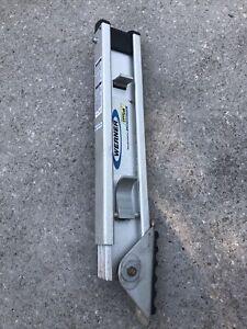 Werner PK80-2 Silver Aluminum Adjustable Ladder Leveler 32.5 L x 2.8 H x 4 W in.