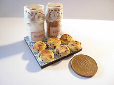 DOLLS HOUSE MINIATURE SCONES / CHOCOLATE CHIP COOKIES WORKING BOARD