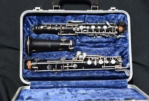 Cabart Oboe, Made in France. NEEDS REPAIR