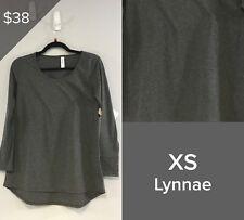 LULAROE LYNNAE TOP SHIRT NWT SIZE XS, GREY 3000