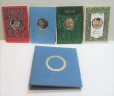 1999 Franklin Mint Holiday Card with Bronze Round