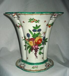 Chinese Export Vase Porcelain The Peoples Republic Of China 1949 + Vintage