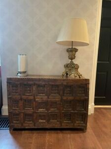 LARGE DECORATIVE WOODEN INDIAN CHEST    **FAB MUST LOOK**