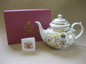 Royal Collection Trust ~ Boxed Queen Victoria Teapot ~ Buckingham Palace