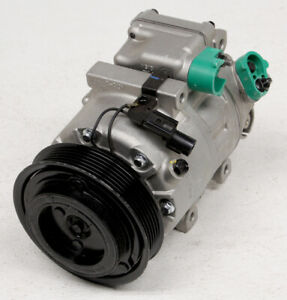 OEM Hyundai, Kia (2.4L) Sorento, Santa Fe A/C Compressor 97701-1U100RU Nicks