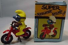 VINTAGE 1980s BOXED SCHLEICH PEYO SUPER SMURF MOTORCROSS MOTORBIKE RIDER #40231