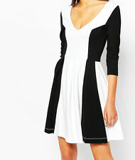 V Neck 3/4 Sleeve Skater Formal Dresses for Women
