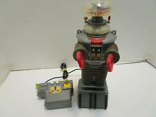 Lost In Space B9 Robot Remote Control Battery Operated Robot