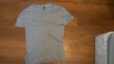 H and M Grey T-shirt (medium)