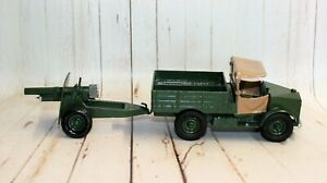 BRITAINS DIECAST REFURBISHED BEETLE LORRY WITH 25 POUNDER GUN. No.9705