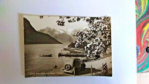AK / Foto Sogndal, Norwegen, mit Oldtimer D 890, aus dem vorrigen Jahrhundert