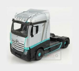 1:43 BURAGO Mercedes Actros 2 Gigaspace Tractor Truck 2016 F1 BU32202 Model