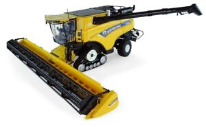 Universal Hobbies New Holland CR10.90 Tracked 1:32 UH5248