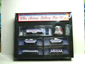 MICRO-TRAINS N SCALE WHITE CHRISMAS DELIVERY TRAIN SET 99321280