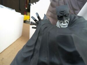 RIGHT ON TIME FOR HALLOWEEN Batman Black & White BATMAN Statue by Dave Johnson